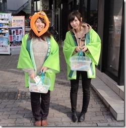 着ぐるみ街頭配布で商品イメージを演出!