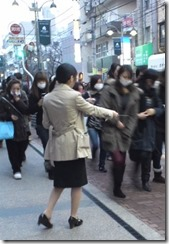 東京_試験会場_チラシ配布